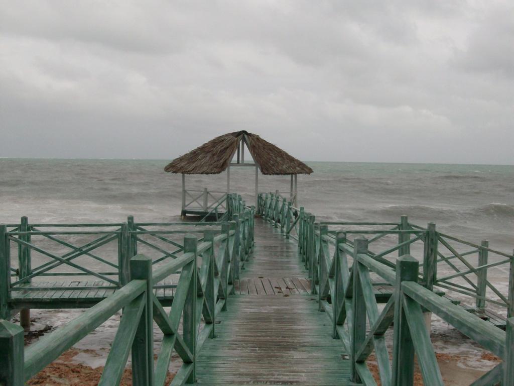 Off to MTB Holguin-beach-3.jpg