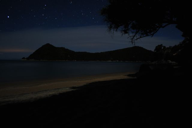 Night Photography - Post your shots!-beach_night.jpg