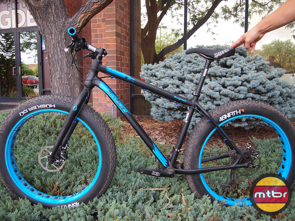 Salsa Cycles - Beargrease race ready fat bike