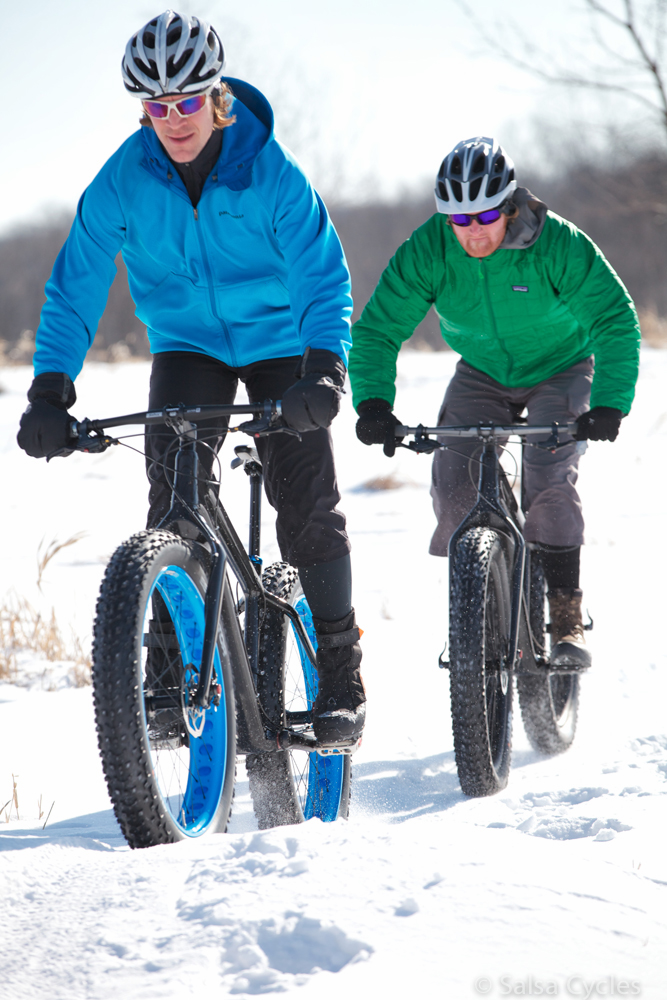 http://forums.mtbr.com/attachments/fat-bikes/774520d1361573926-carbon-beargrease-pics-beargrease.proto.5.jpg
