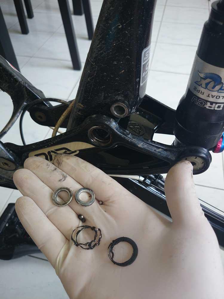 need help with 2010 Trek Remedy 8 bearing-bearing.jpg