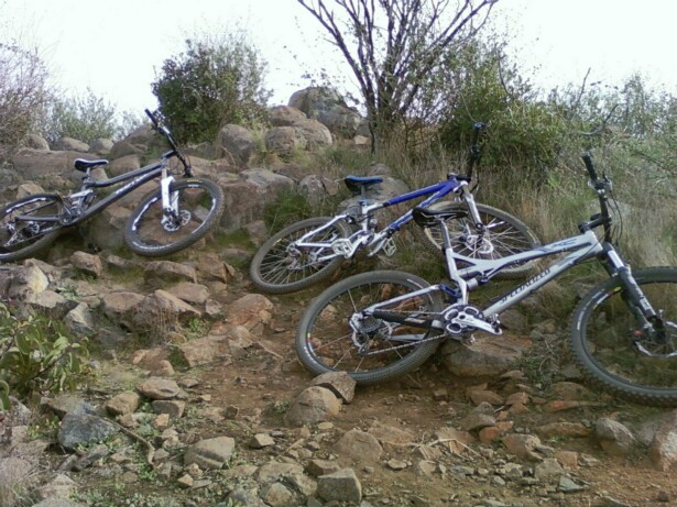 Konas in action!! Post your pics-bernardo-peak-summit-bikes.jpg