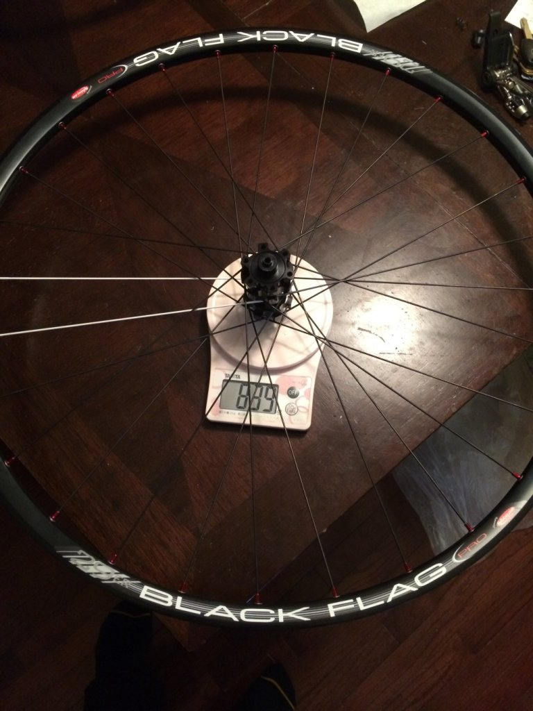 Weights of GT 2013 Karakoram 2.0 AlexRims TD19 and Black Flag wheel sets (w/ photos)-bfnb.jpg