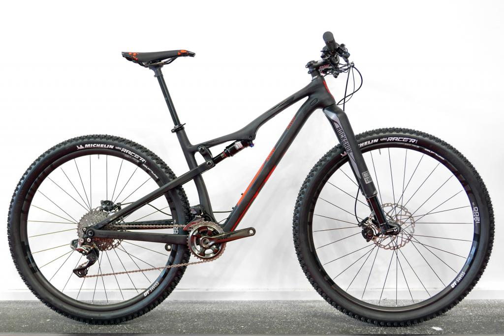 BH Lynx Race     Anybody got one?-bh_lynx-race-carbon.jpg