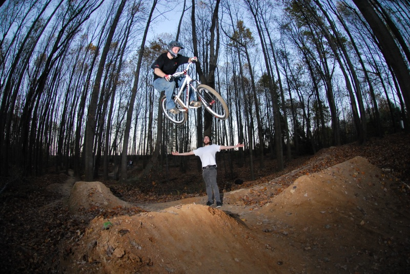 Transition Bikes in midair!-bigt-hip.jpg