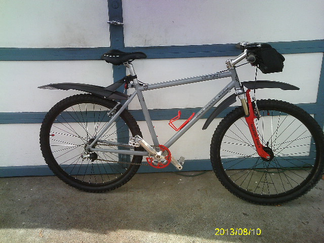 Are you still running a 26 frame with rim brakes ?-bike-037.jpg