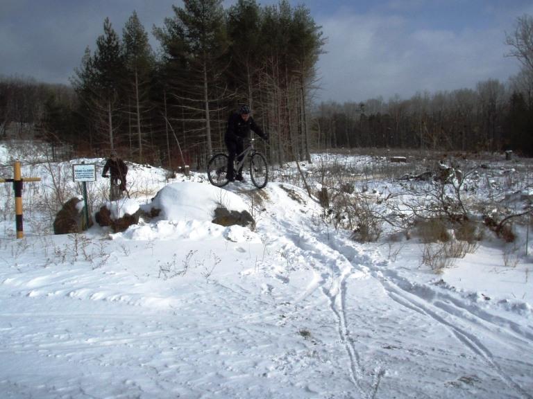 a cold ass slippery ride-bike-1-9-11-017.jpg