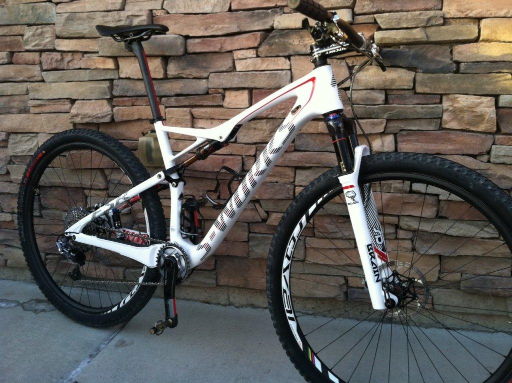 2014 S-Works Epic WC White-bike-1.jpg