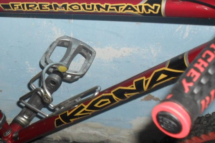 should i respray my retro kona fire mountain-bike-3.jpg