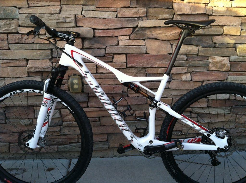 2014 S-Works Epic WC White-bike-3.jpg