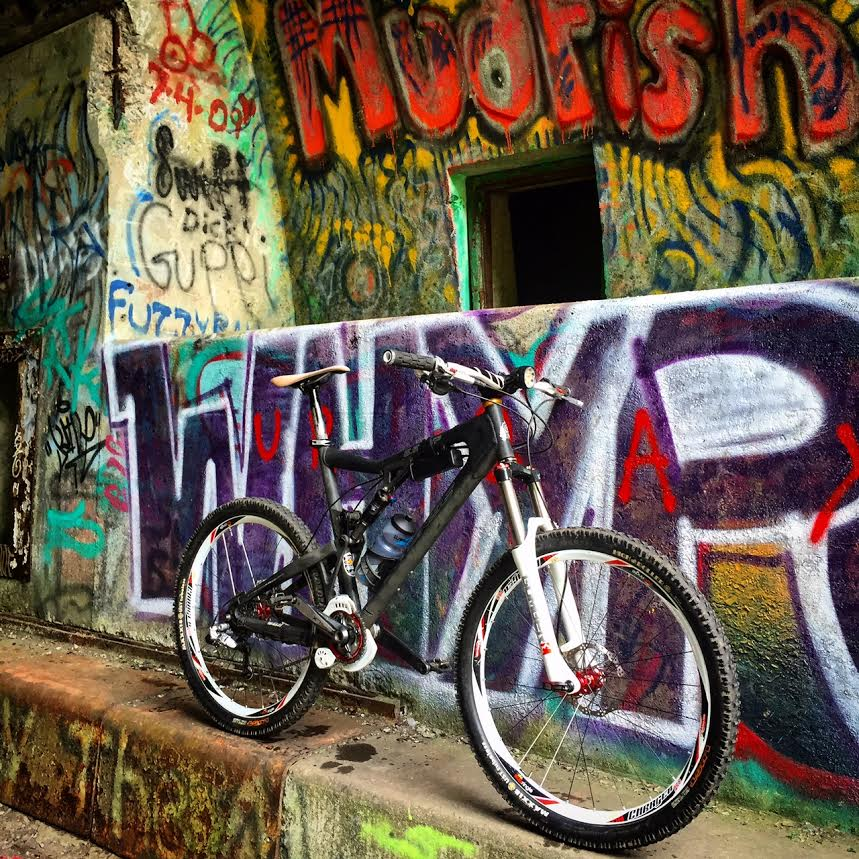 Graffitti....seen any....Post some Pics..-bike.jpg