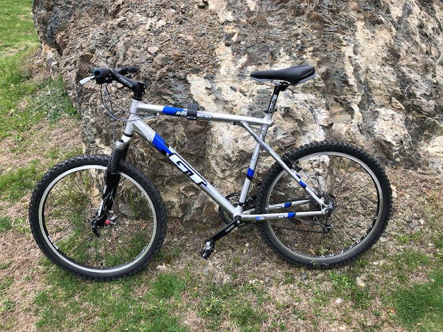 Upgrade old bike or buy new?  Need some advice...-bike.jpg