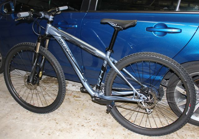 RockHopper Comp 2011 VS RockHopper 2012-bike.jpg