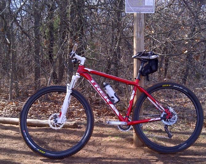 """Geax AKA 2.2"""" F/R or AKA (R) + Segauro (F)?-bike.jpg"""