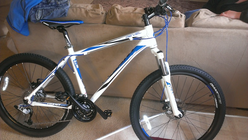 Post your hardtail Giants-bike.jpg