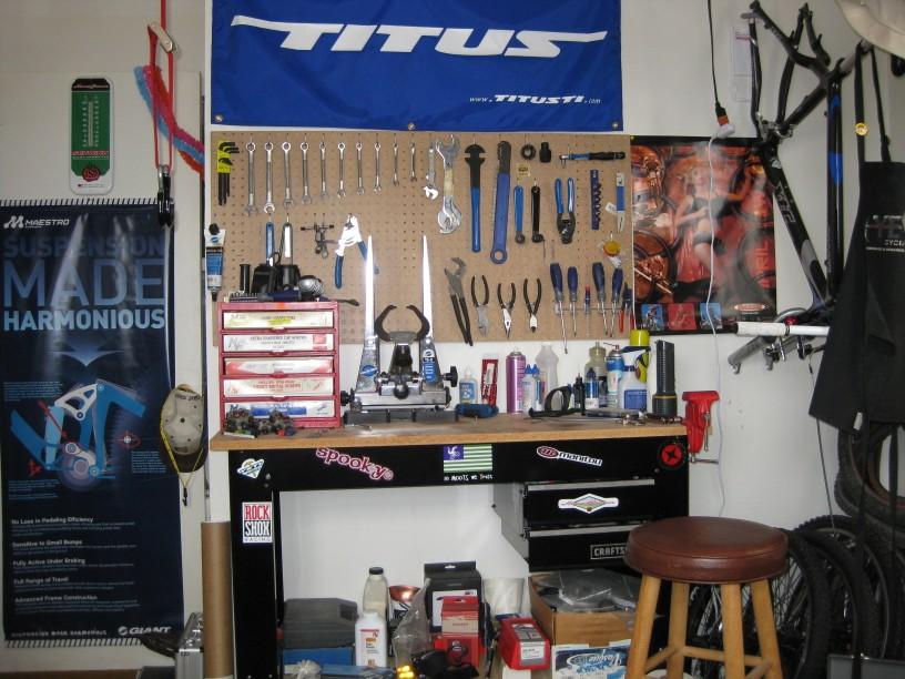Show Your Home Bike Shops-bike-room-1.jpg