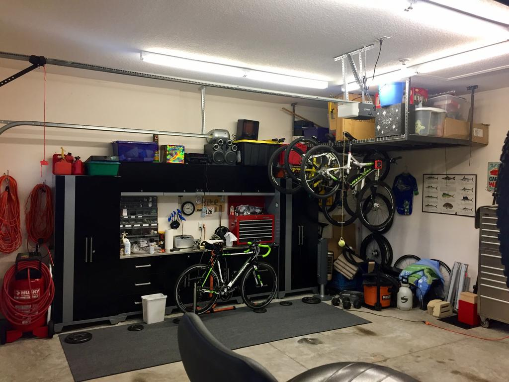 "The ""What's your shop look like?"" thread-bike-shop.jpg"