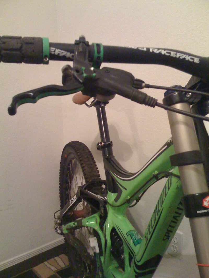 New DH Frame-bike-stuff-001.jpg