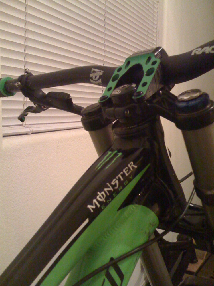 New DH Frame-bike-stuff-007.jpg