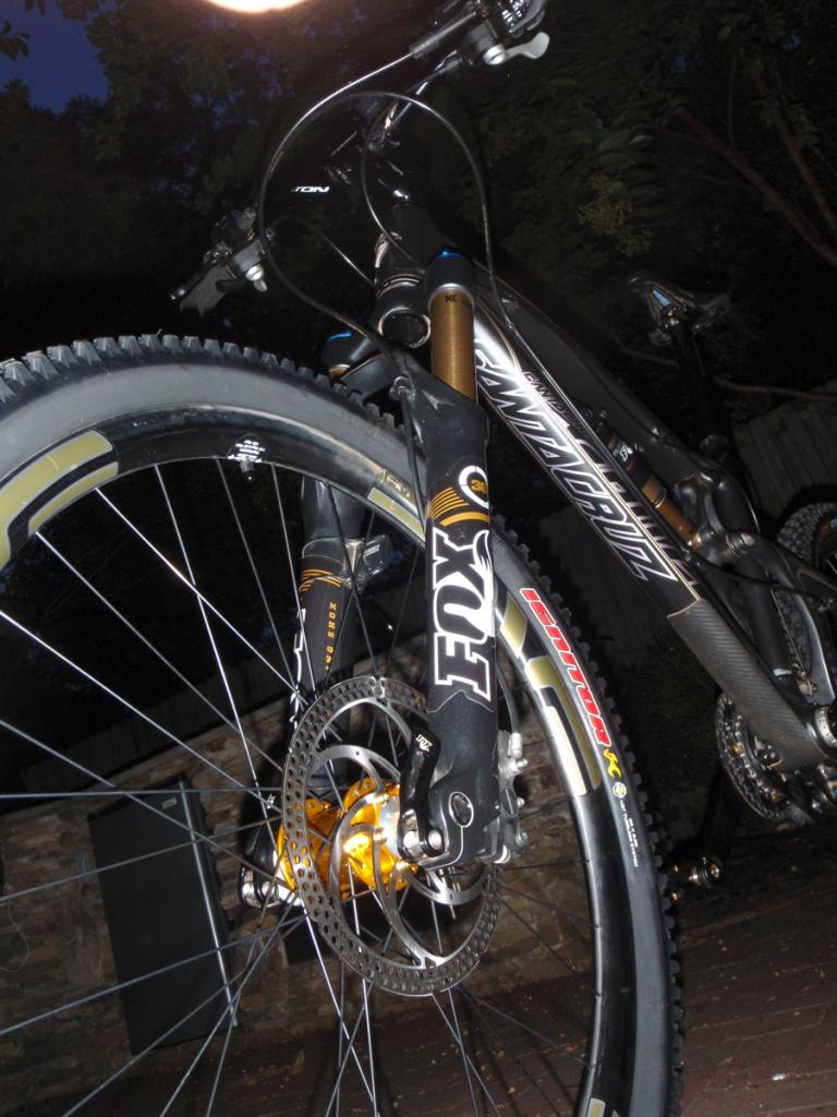 Carbon Nomad Gallery-bike1.jpg