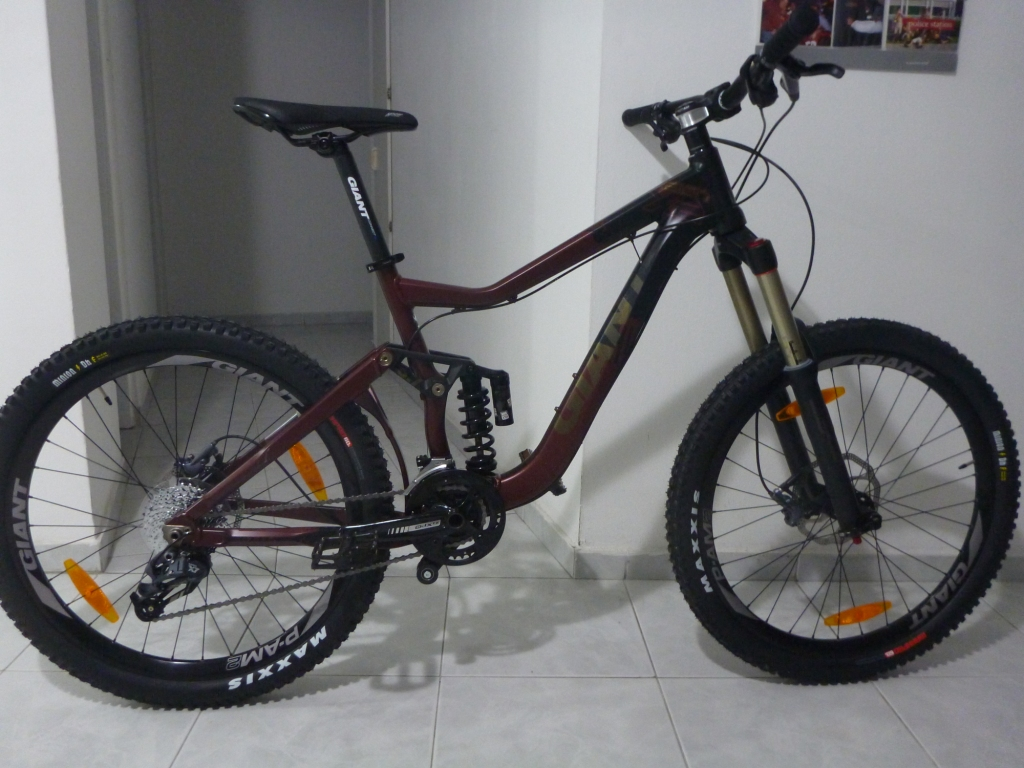 2012 Giant Reign X2-bike2.jpg