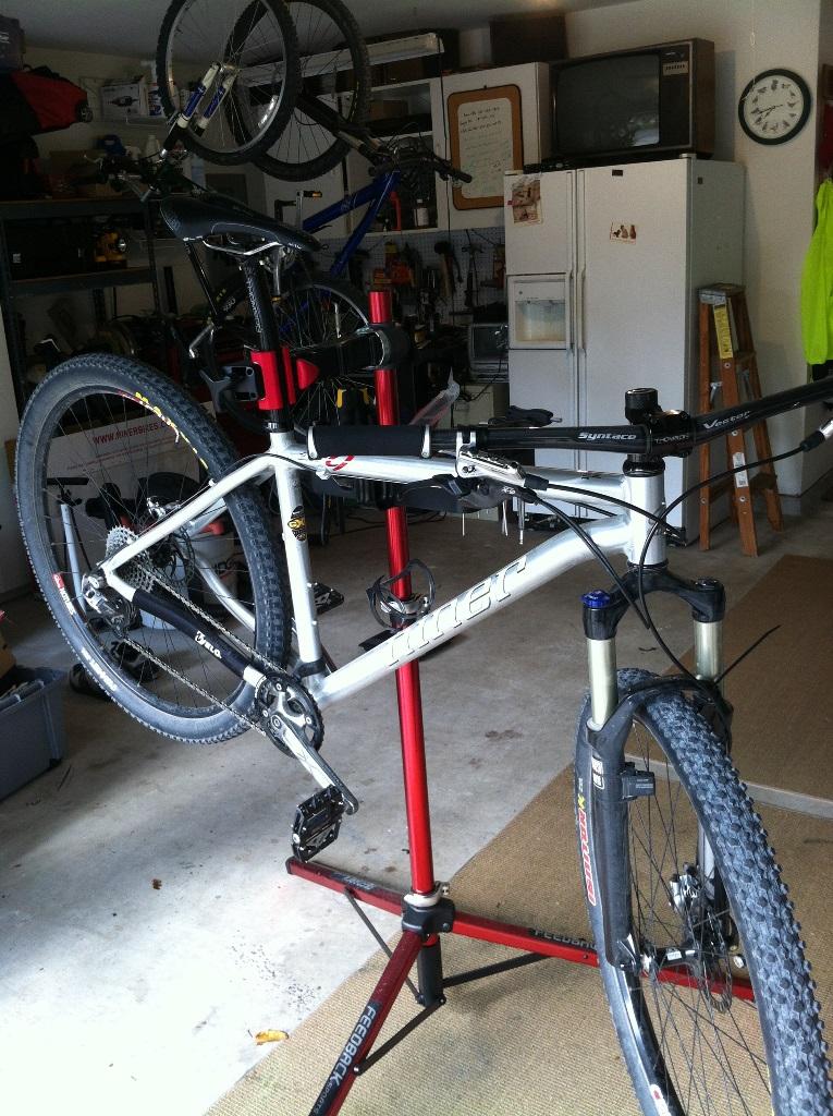 Handle bars-bike2.jpg