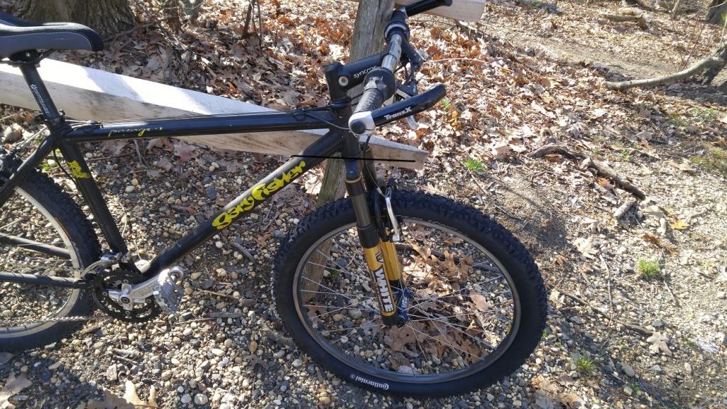26ers over 10 years old-bike3.jpg