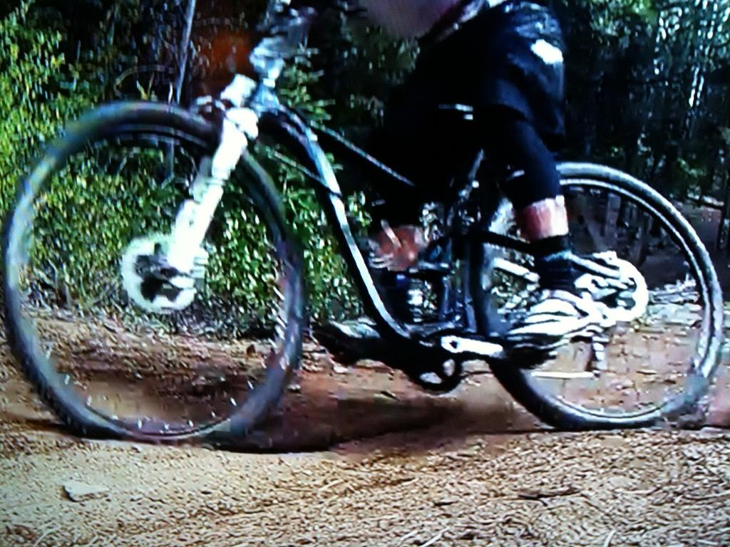 Trance X 29er Caught in Action???-bike3.jpg