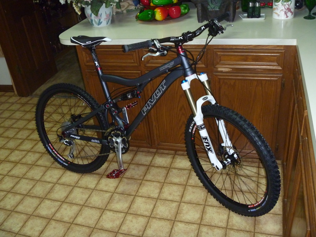 Post your Pivots here!-bike4.jpg