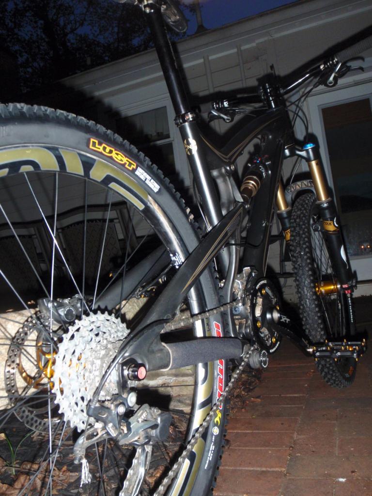 Carbon Nomad Gallery-bike4.jpg