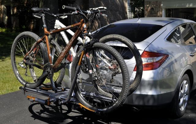 HELP !!! 1Up or Kuta NV or Core ( Toyota Prius ) ...-bike_3.jpg