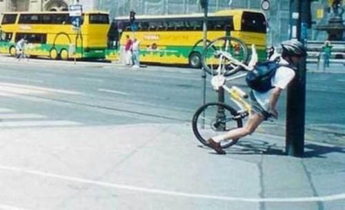 Name:  bike_fails_3-500x305.jpg Views: 617 Size:  38.6 KB