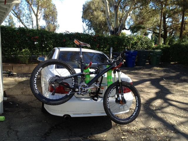 old ghetto trunk rack + nice bike = ?-bike_wrack.jpg