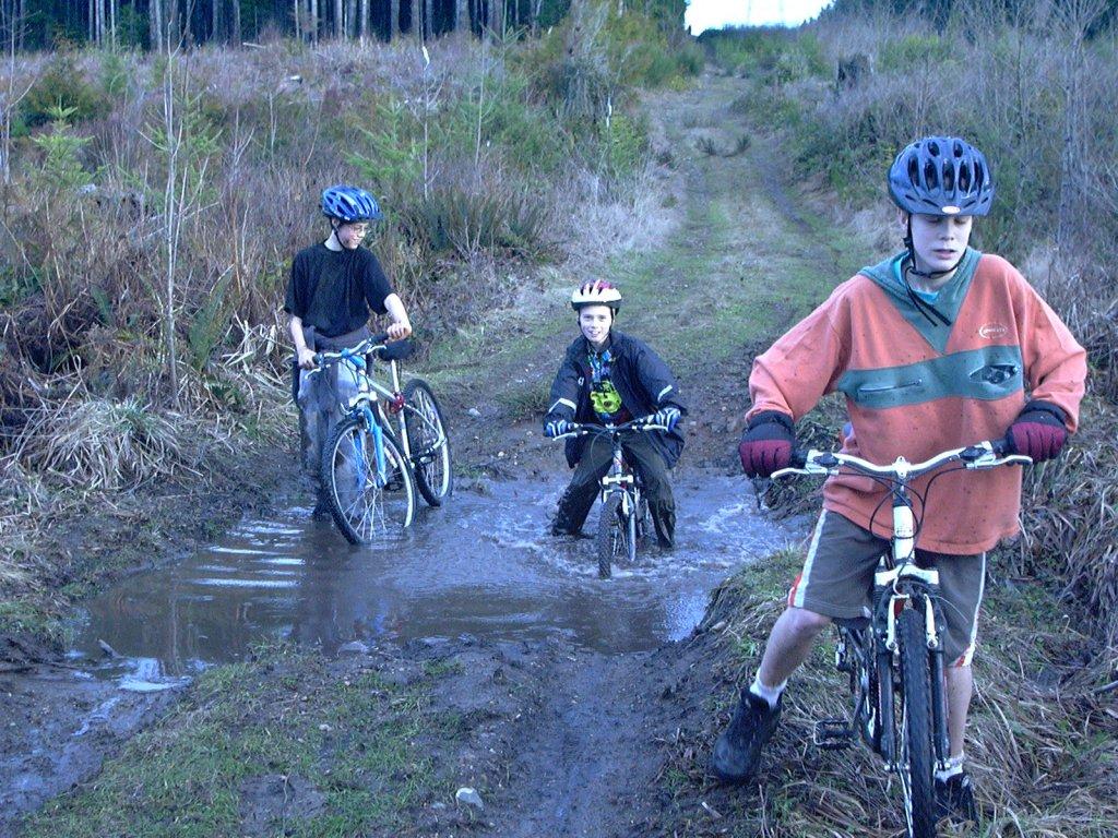 A Good Muddy Trail???-bikeclub02132g.jpg