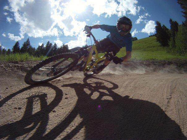 Mojo HD action thread!!-bikepark6.25.11.jpg