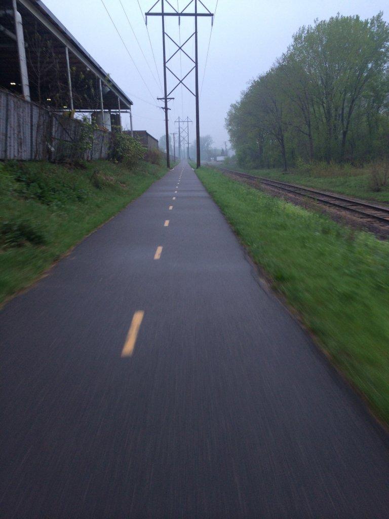 How many use a bike path on their commute?  (PICS)-bikepath2.jpg