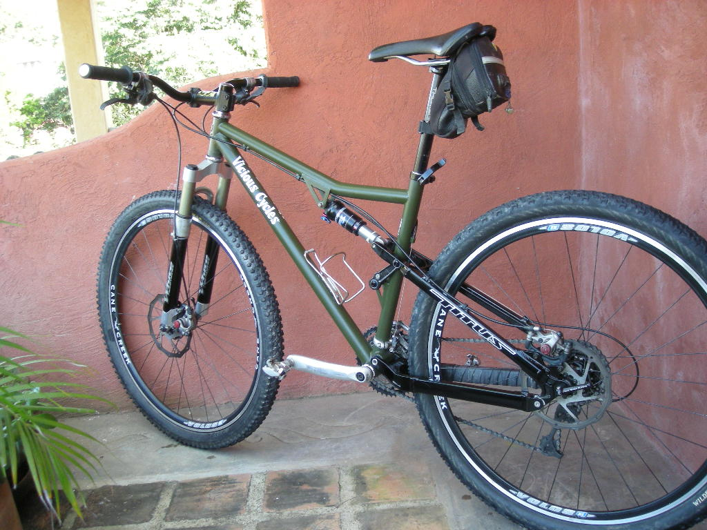 Vicious Cycles Groover Set-up Help-bikes-067.jpg