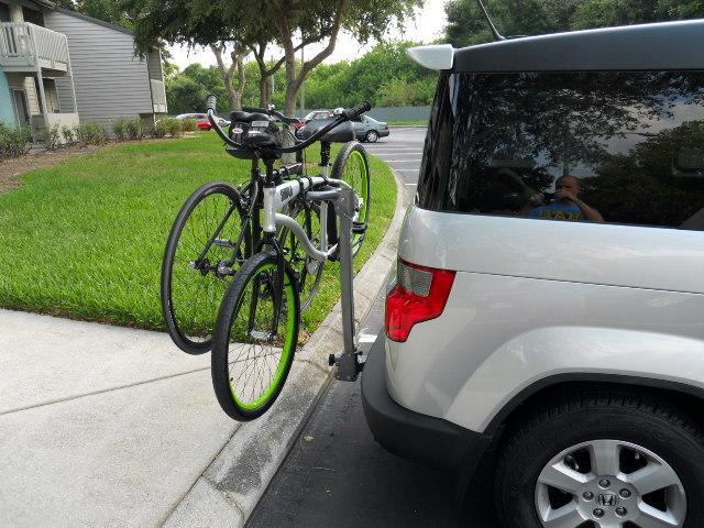 Kuat beta -2- bike hanging hitch rack-bikes%2520on%2520rack%2520002.jpg