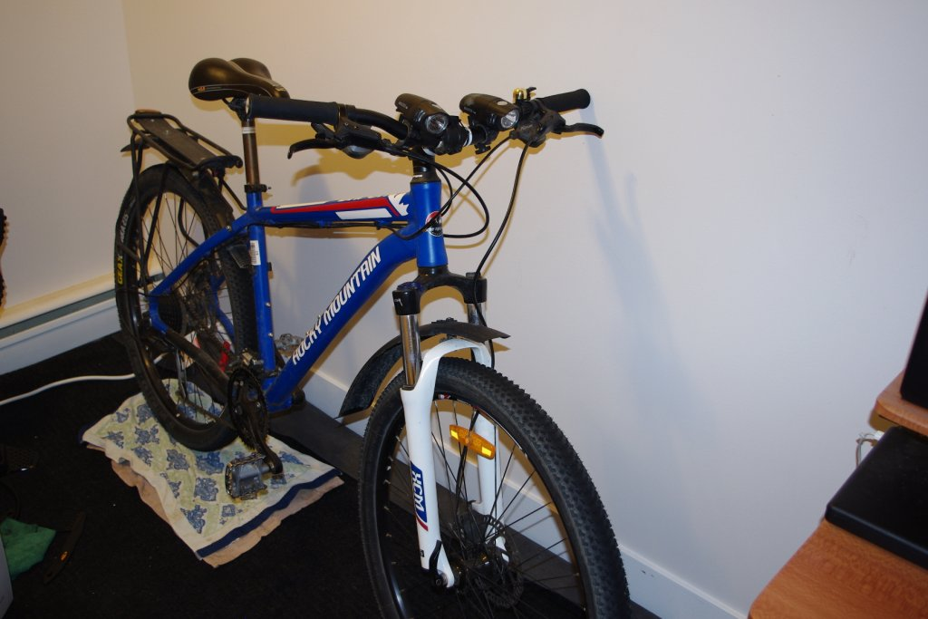 Post pictures of your quiver/stable/bikes/etc...-bikes-2mp-003.jpg