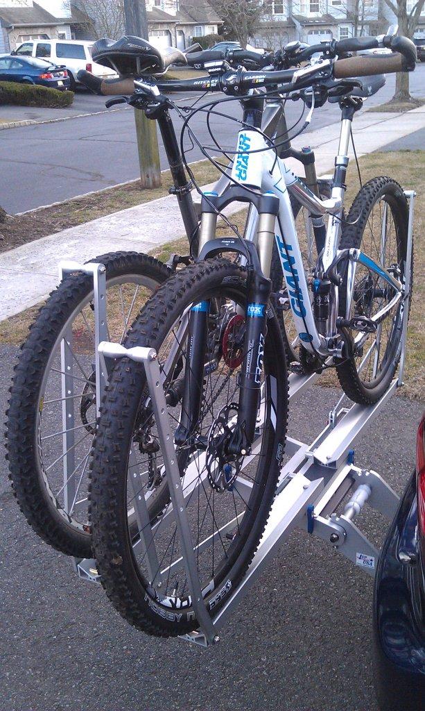 1UP USA Hitch Rack-bikes-racks.jpg