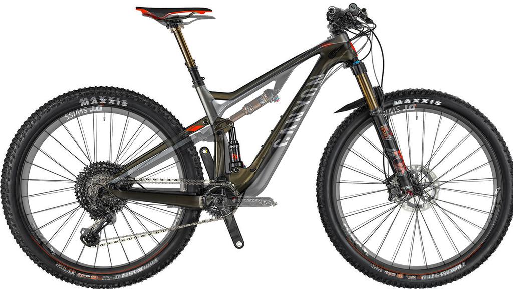 Canyon Neuron CF 9 vs Scott Spark 910-bikes.jpg