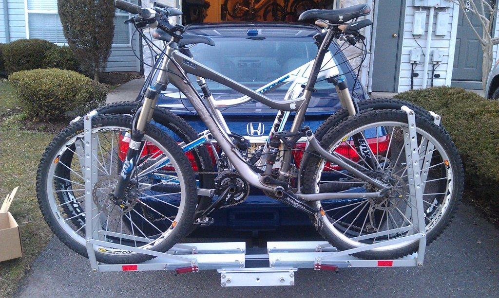 Head to Head:  Kuat NV vs. 1Up USA Rack in Black (2.0, 1.25)-bikes-n-racks.jpg