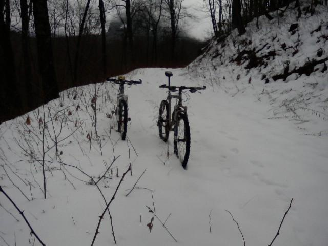 Ride Pics-bikesalone09.jpg