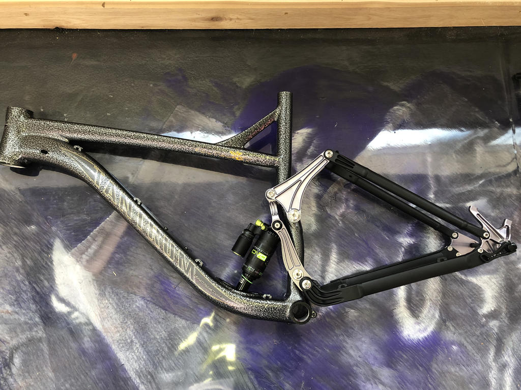 New innovative suspension from Tantrum Cycles. Any thoughts...-black-lizard-s.jpg