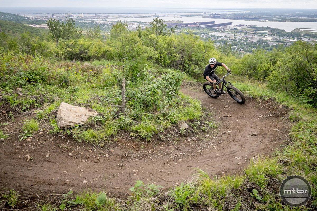 Fyxation Blackhawk railing a berm. Photo courtesy of Fyxation