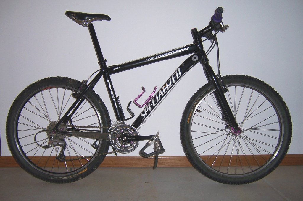 Man, I love my vintage Specialized Stumpjumper M2!-blackstumpy1.jpg