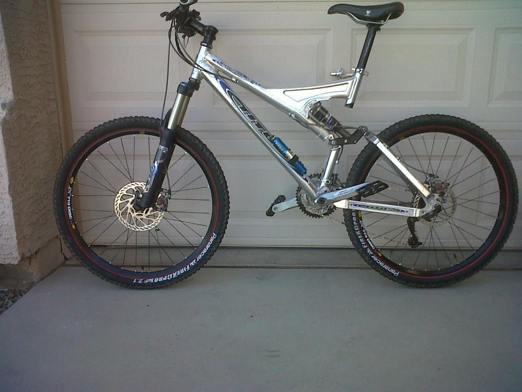 Titus Bike Pr0n-blade1.jpg