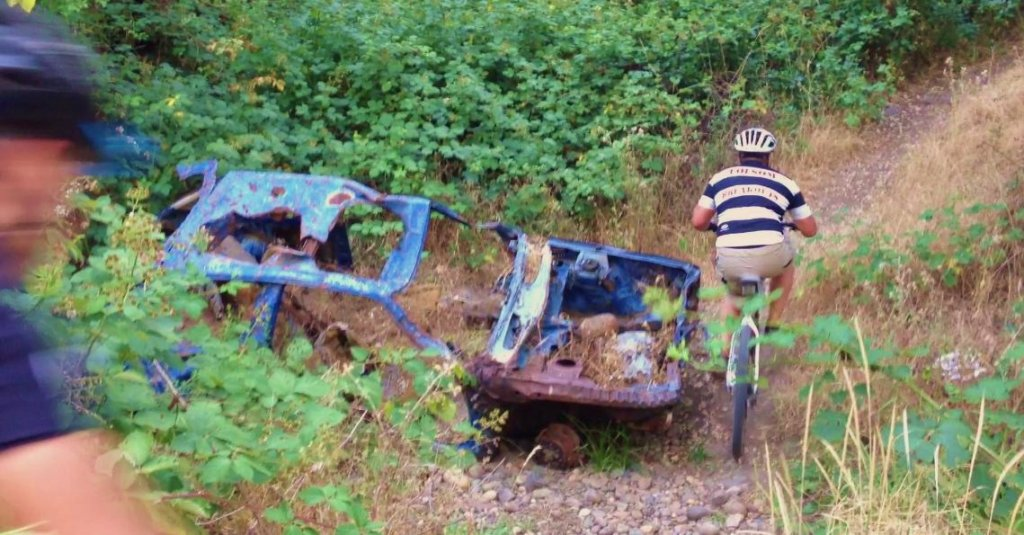 The Abandoned Vehicle Thread-blue-truck-trail.jpg