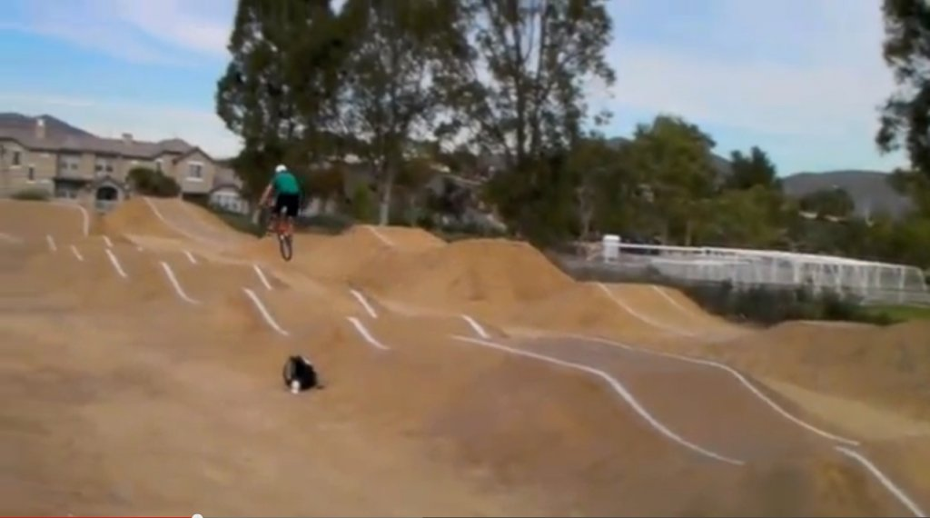 DJ , Pump Track plans-bmx_rollers_with_table.jpg