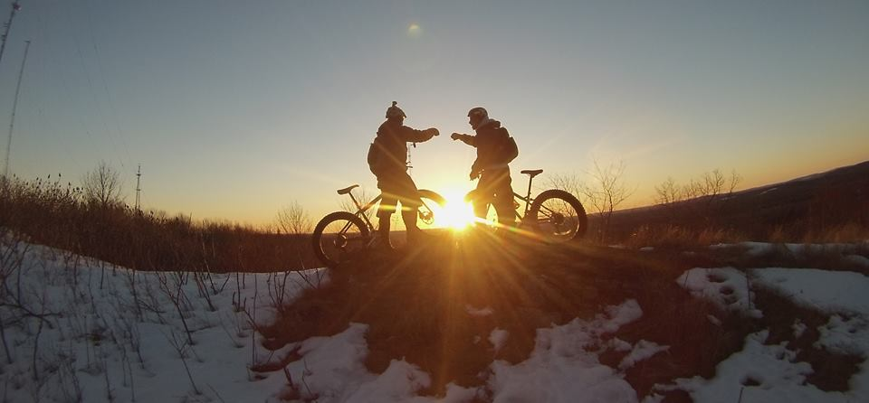Riding in New England picture thread-bogwintersunset.jpg